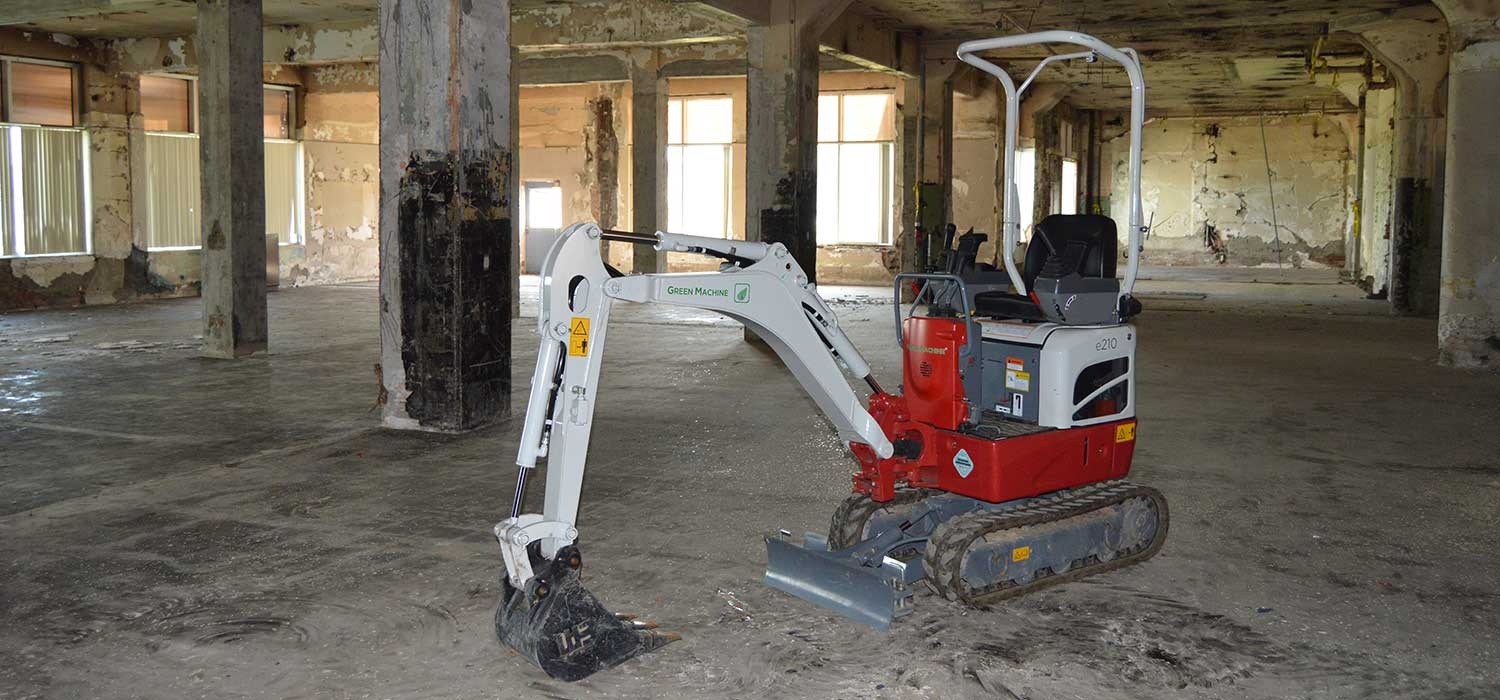 Electric Steer Chicago Battery Powered Equipment